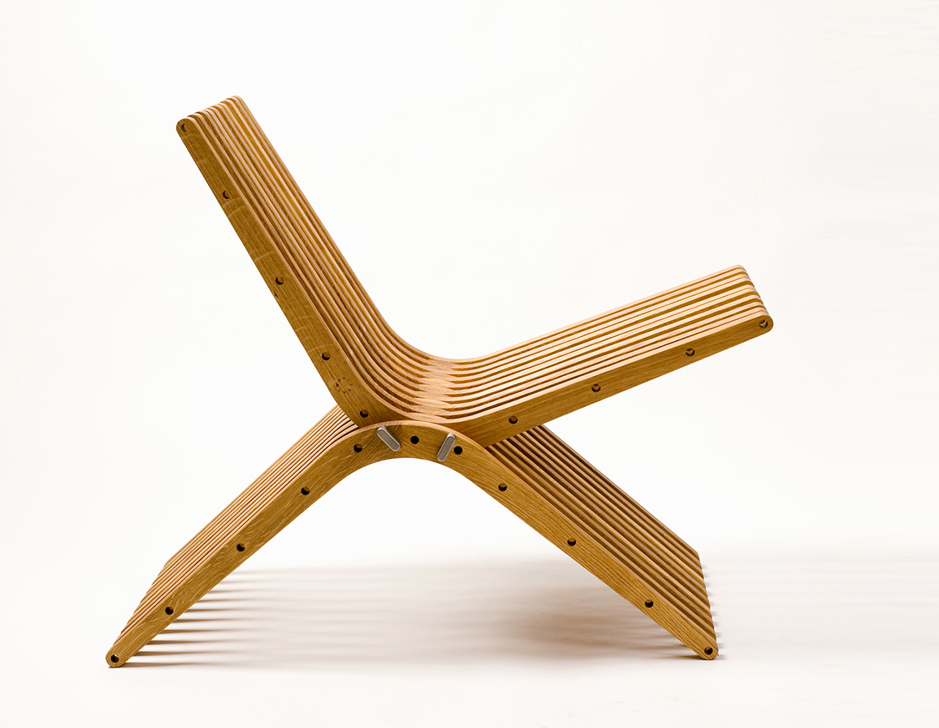 boomerang • 100% recyclable wood