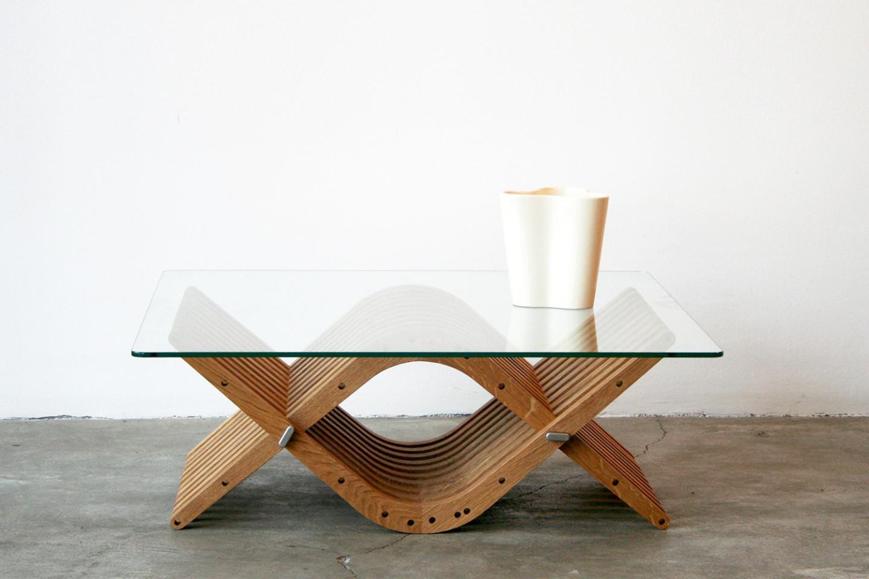 boomerang • table